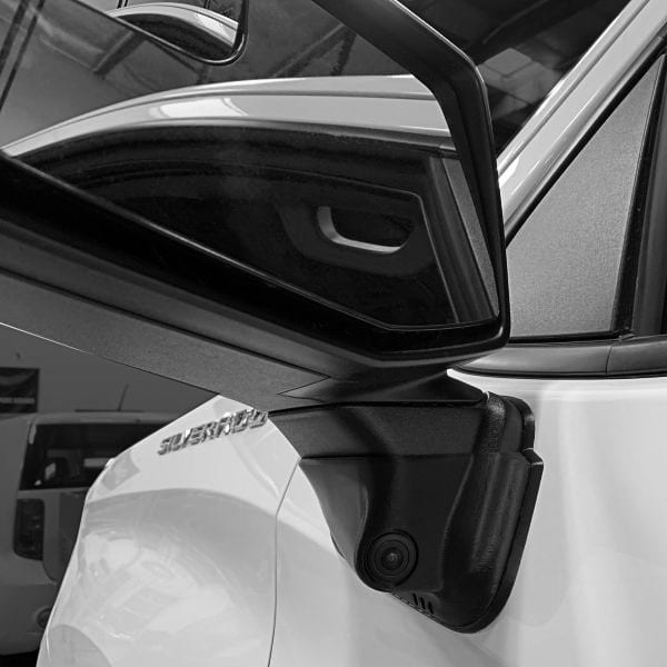 We provide vehicle manufacturers integrated safety solutions for new vehicle buyers to add as an accessory to their purchase.